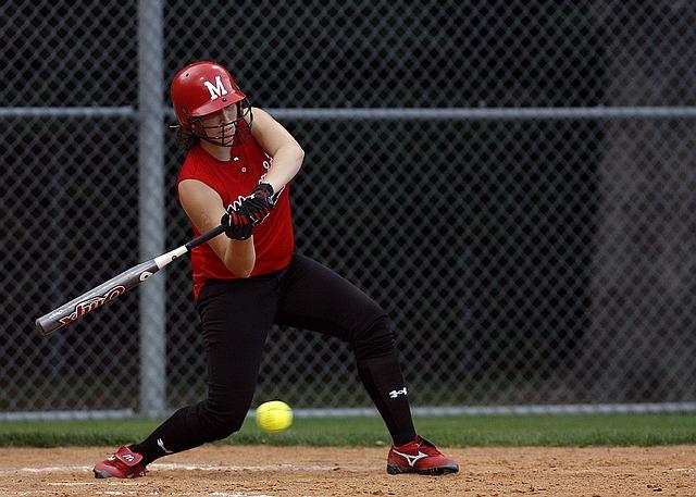 best slowpitch bat for softball hitter