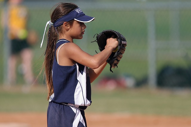 types of slow pitch softball pitches